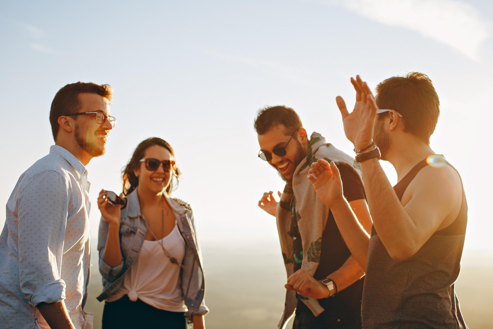 Sok fiatal szeretné magát jól érezni alkohol nélkül újabban