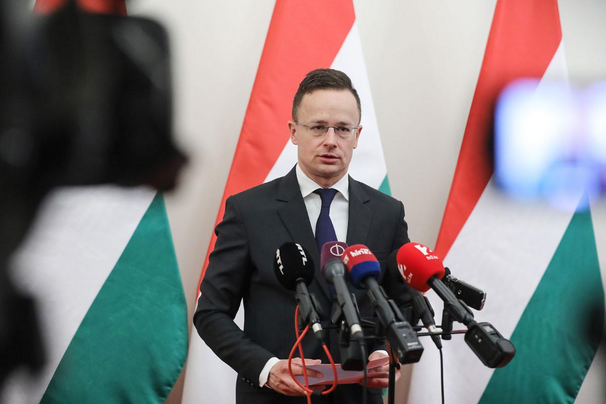 Szijjártó Péter: Évről évre egyre több külföldi vállalkozás bízik Magyarországban