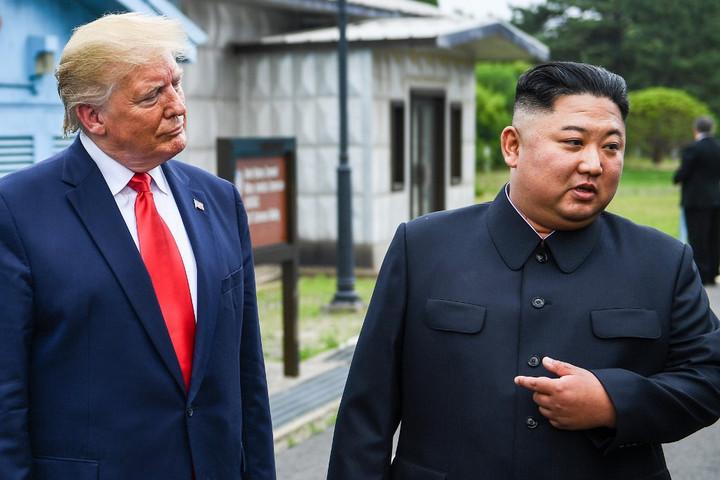 Új fegyver kifejlesztésével fenyegetőzött Észak-Korea