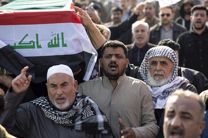 Az iraki parlament haza küldené az országban állomásozó külföldi csapatokat