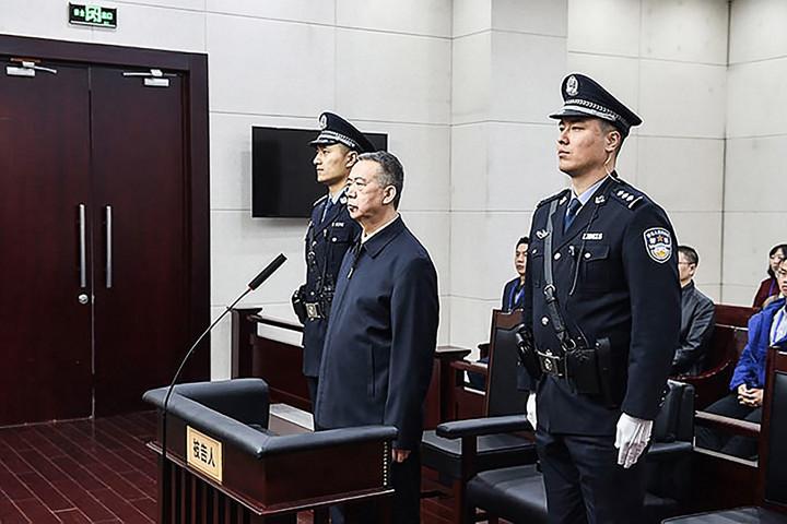 Elítélték Kínában az Interpol korábbi vezetőjét