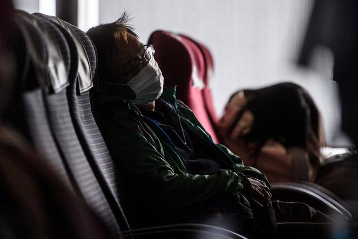 Félelmetes ütemben terjed az új koronavírus Kínában