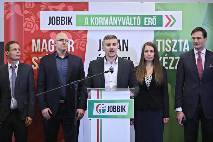 Hengerelt a Jobbikban a balliberális hadtest