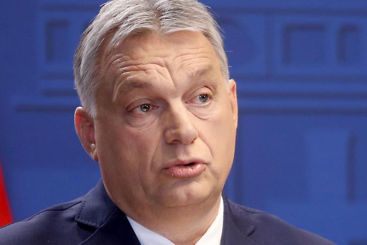 Nőnap alkalmából köszöntötte a nőket Orbán Viktor