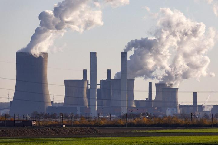 A magyarok többsége szerint a valódi szennyezőknek kell vállalniuk a klímavédelem költségeit