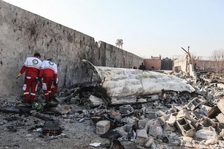 Még a levegőben kigyulladt a Teheránban lezuhant repülőgép