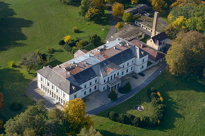 A híresztelésekkel szemben nem zár be Veszprém megyében a dobai szanatórium