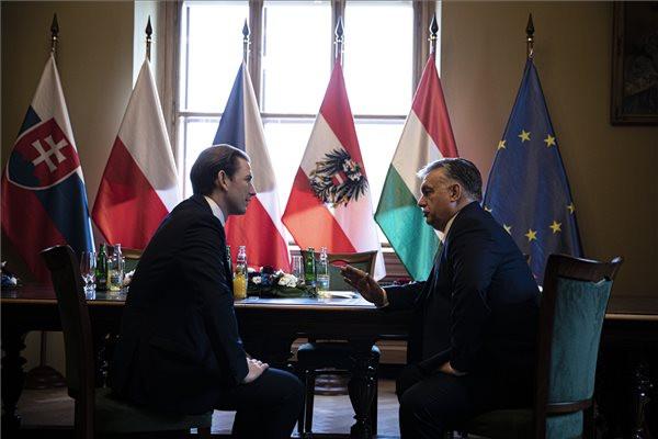 Orbán Viktor: Ausztriával egy cipőben járunk a migrácó kérdésében