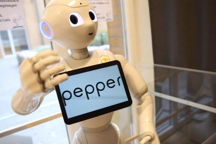 Támogatja vagy veszélyezteti az emberiséget a mesterséges intelligencia?