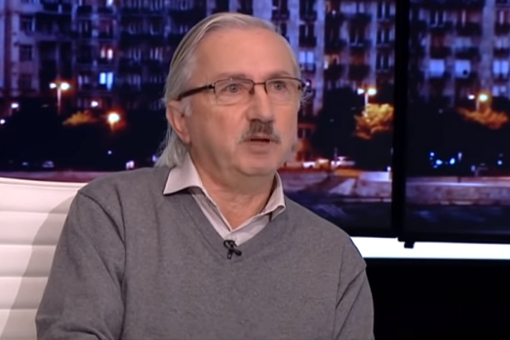 """Garázdasággal és rongálással gyanúsítják a magyar baloldal """"kedvenc"""" politológusát"""