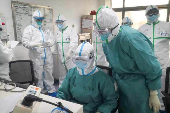 Már több mint 100 halálos áldozata van a koronavírusnak