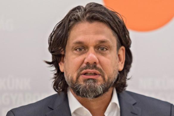 Deutsch Tamás: Nem jelent pluszpénzt a brüsszeli bizottsági javaslat