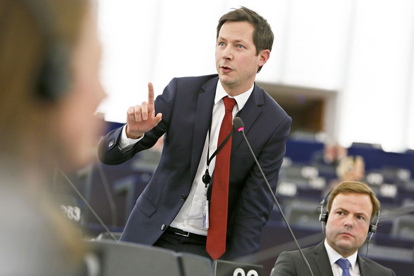 Egyre megosztottabb az Európai Néppárt