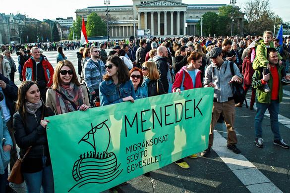 Támadják a magyar civiltörvényt