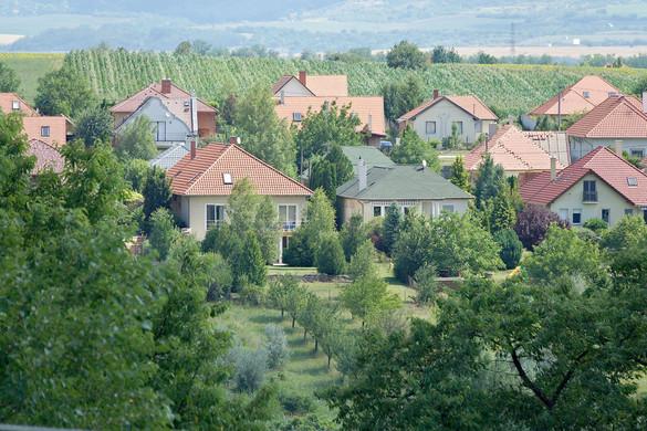 Az újszerű lakások értékesítése kerülhet előtérbe az ingatlanpiacon