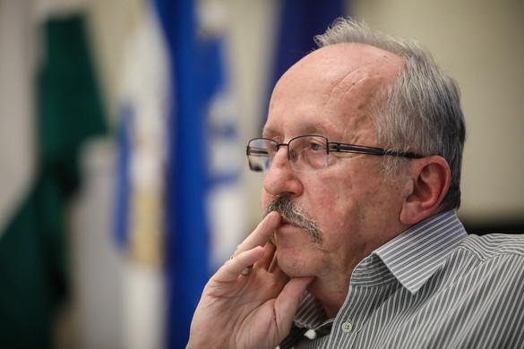 A kormányhivatal vizsgálja Czeglédy ügyvédi irodájának erzsébetvárosi szerződését