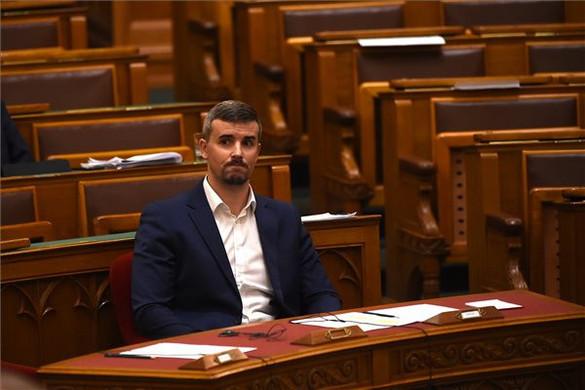 Nyíltan védi Sorost a Jobbik új elnöke
