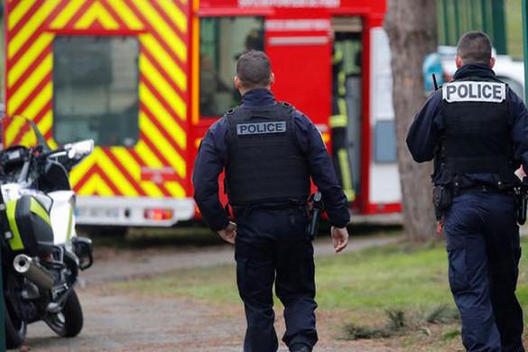 Terrortámadás volt a késelés Párizsban