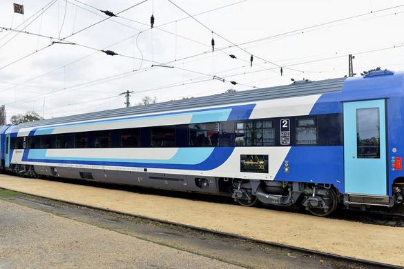 Még több InterCity-kocsi készülhet Szolnokon