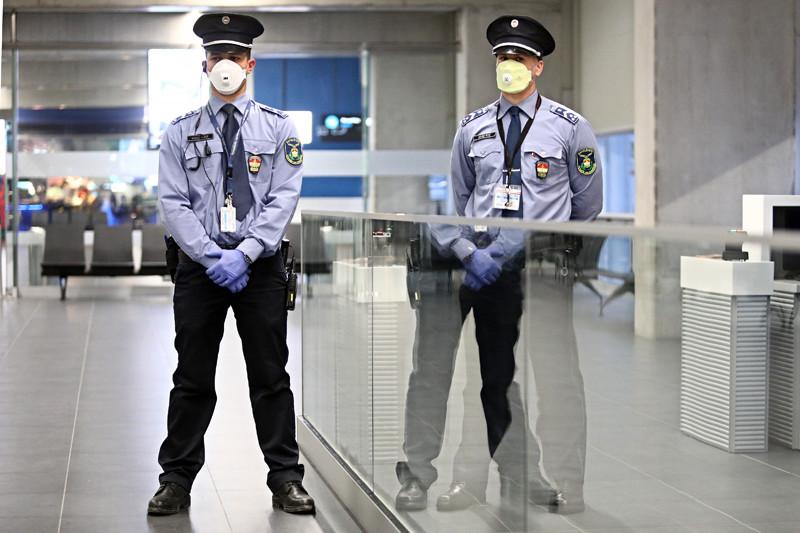 A Kínából közvetlenül érkező járatok mindig a 39-es kapuhoz állnak be