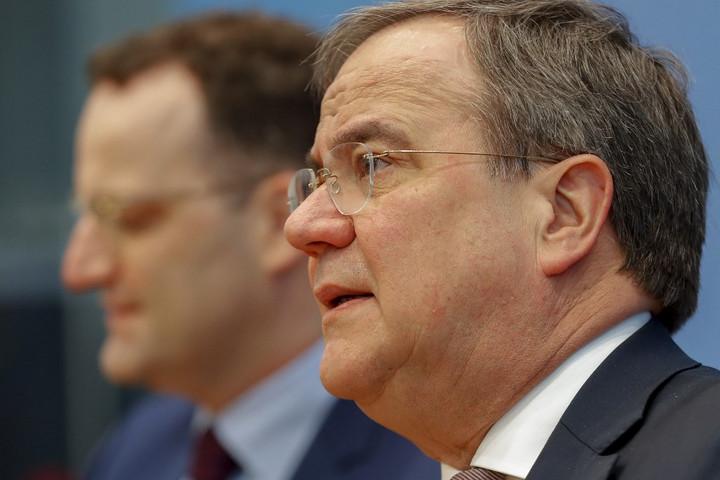 Két ismert politikus jelentette be indulását a CDU elnöki tisztségéért
