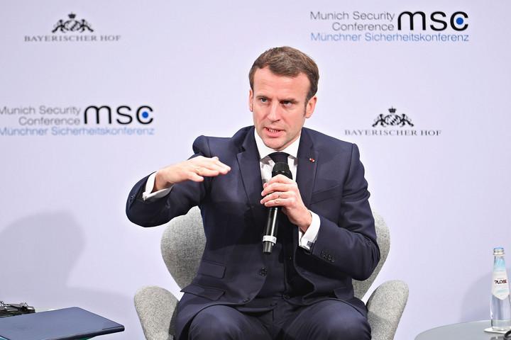 Békejobbot nyújtana az oroszoknak Macron
