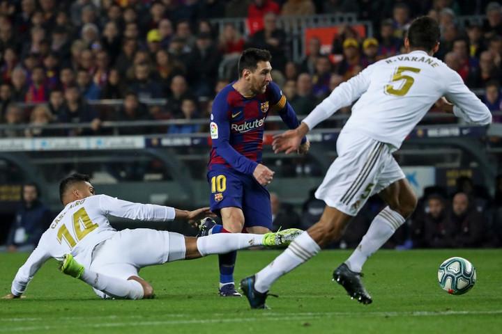 Kétpontos előnnyel utazik a Barcelona a tabellán második Real Madridhoz az El Clásicóra