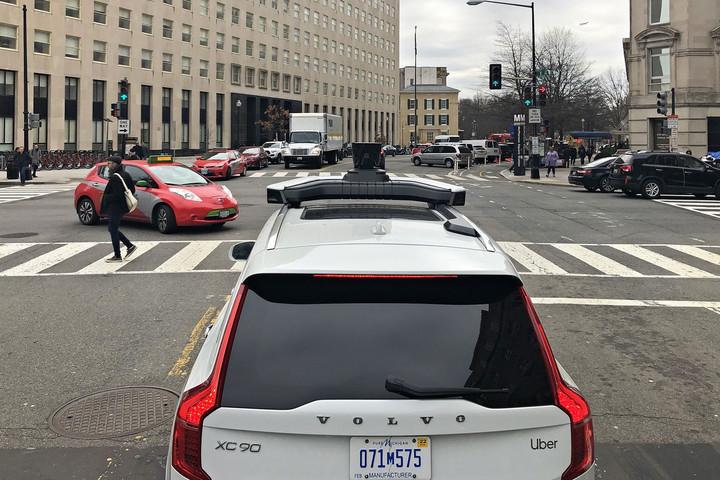 Önvezető autók: a velünk élő jövő
