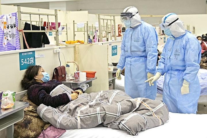 Tízszer annyi lehetett a fertőzött Vuhanban, mint amennyit a kínai hatóságok közöltek