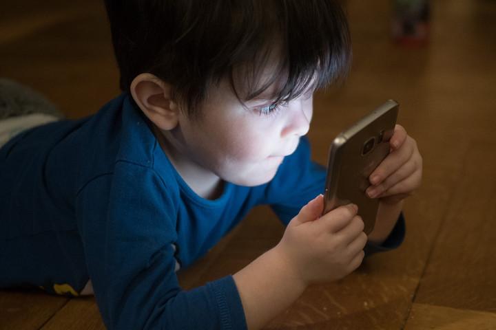 A digitális és okoseszközök használata már óvodáskorban elkezdődik