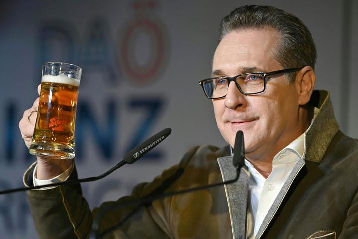 Heinz-Christian Strache volt osztrák alkancellár is ringbe száll az őszi bécsi önkormányzati választásokon
