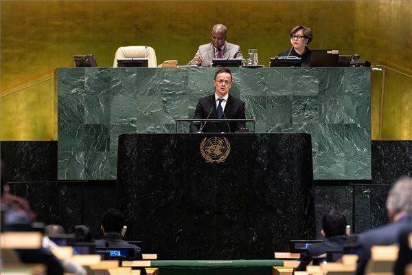 Magyarország abban érdekelt, hogy Ukrajna erős, fejlődő és demokratikus ország legyen