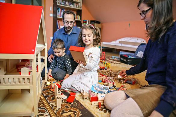Huszonötezer családot segített a Katolikus Karitász az elmúlt hónapban