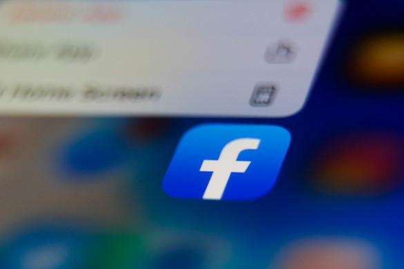 Mostantól kiszűri a koronavírussal kapcsolatos álhíreket a Facebook