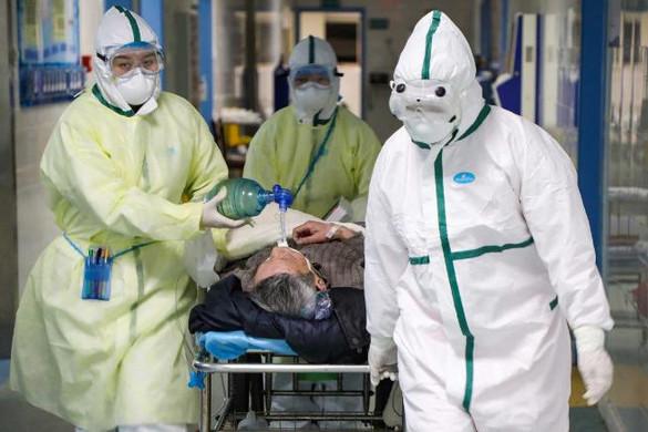 Súlyosan veszélyezteti a kínai egészségügyi dolgozókat a koronavírus