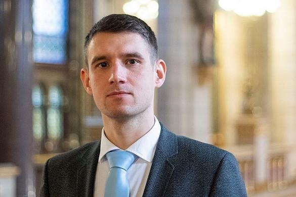 Bencsik János kilép a Jobbikból