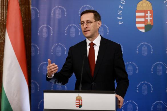 Varga Mihály: A kormány célja segíteni a családokat az otthonteremtésben