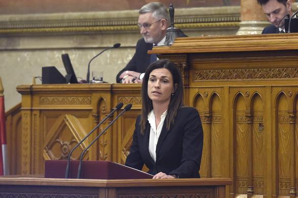 """""""A magyar nemzet életkérdése, mikor és hogyan dönt a parlament"""""""