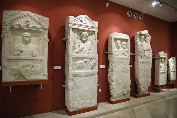 Életre kelhet  a Római Birodalom két erődítménye