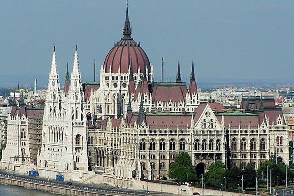 Ötpárti támogatás az SZNT európai polgári kezdeményezéséhez