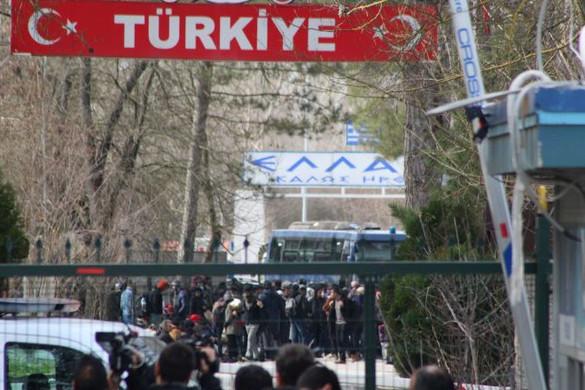 Görögország nem fogja tűrni az illegális határátlépéseket