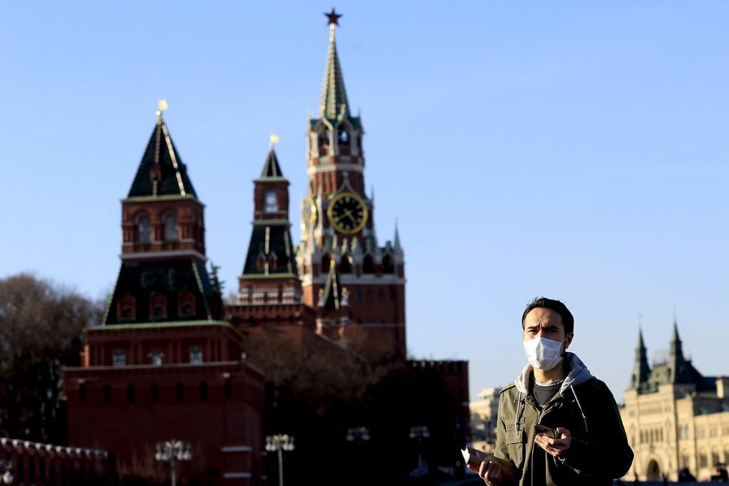 Oroszországban egy nap alatt 196-tal, összesen 1036-ra nőtt a SARS-Cov-2 koronavírussal igazoltan fertőzöttek száma