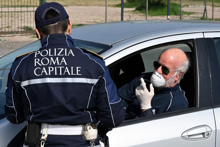 Ötödik napja csökken a fertőzöttek száma Olaszországban