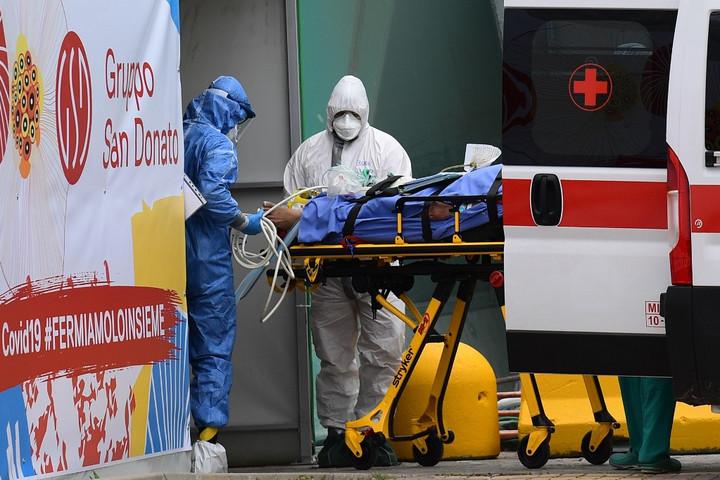 Csaknem félmillióan fertőződtek már meg világszerte