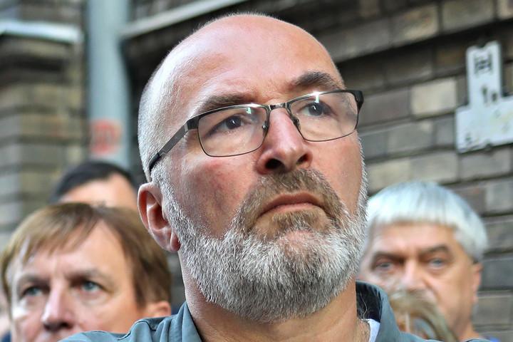 Fidesz: Pikó vállalja a felelősséget a döntéseiért!