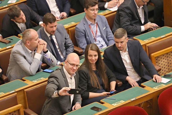 A megszűnés szélére került a Jobbik