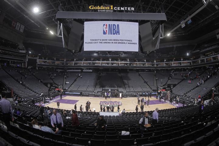 Leghamarabb júniusban folytatódhat az NBA-szezon