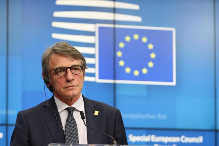 Három hétig nem fogad látogatókat az Európai Parlament