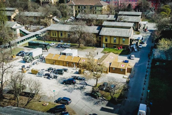 Tábori kórházat állítottak fel Budapesten
