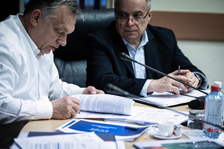 Orbán Viktor: Kijárási korlátozást vezetünk be